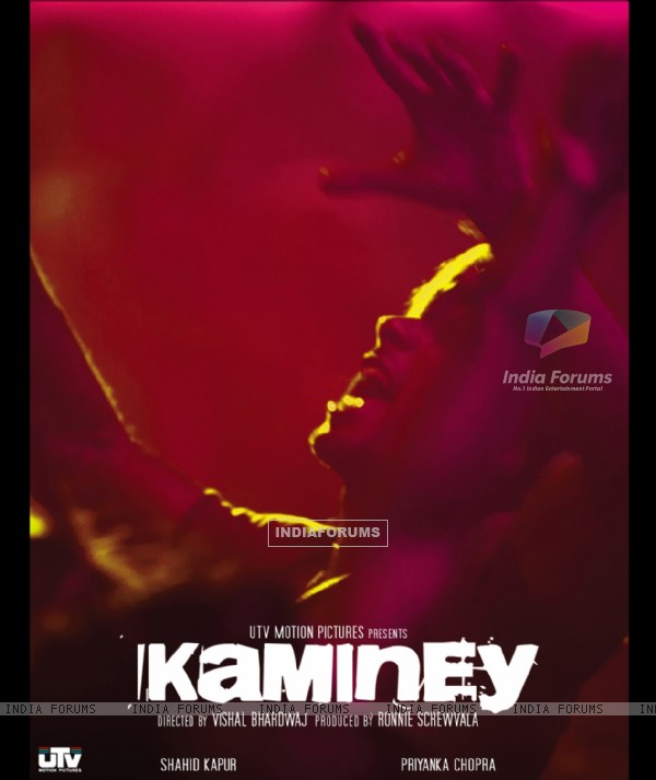 Poster of Kaminey Movie (15333)