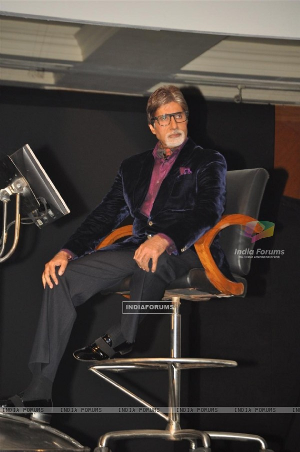 Amitabh Bachchan graces the Kaun Banega Crorepati launch at JW Mariott