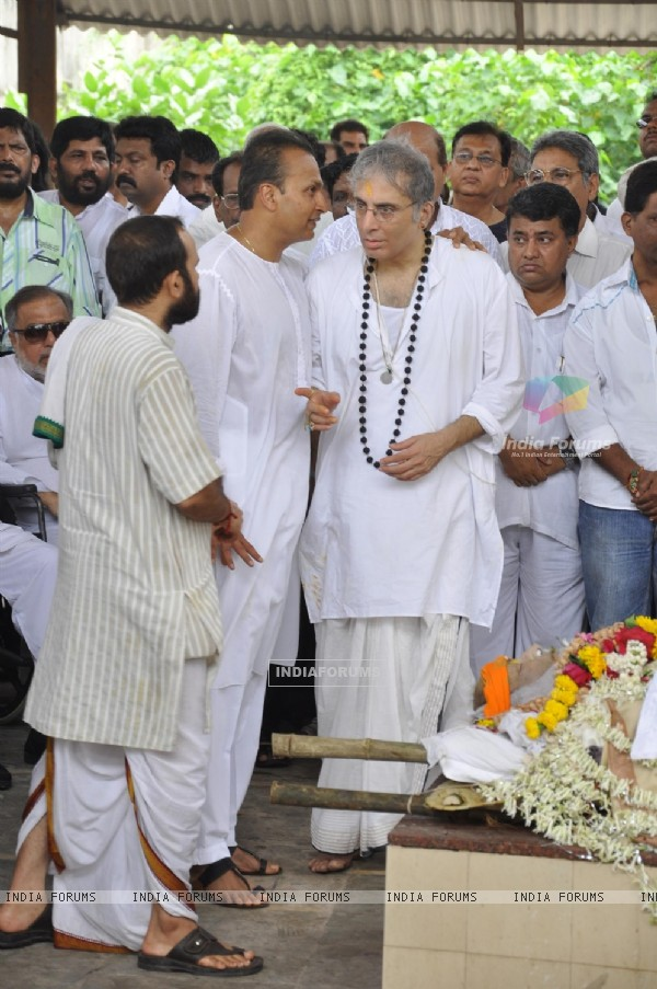Aditya Raj Kapoor and Anil Ambani pays tribute to Shammi Kapoor