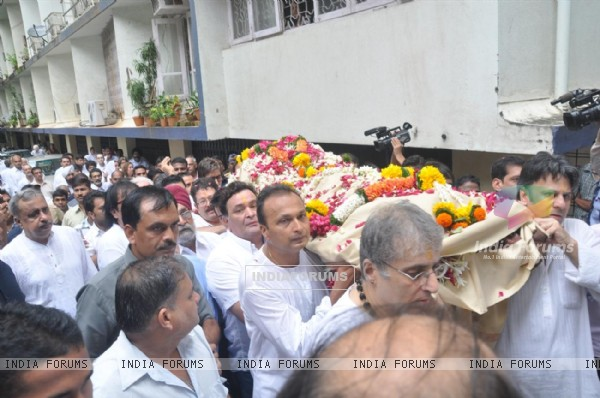 Bollywood celebs pays tribute to Shammi Kapoor