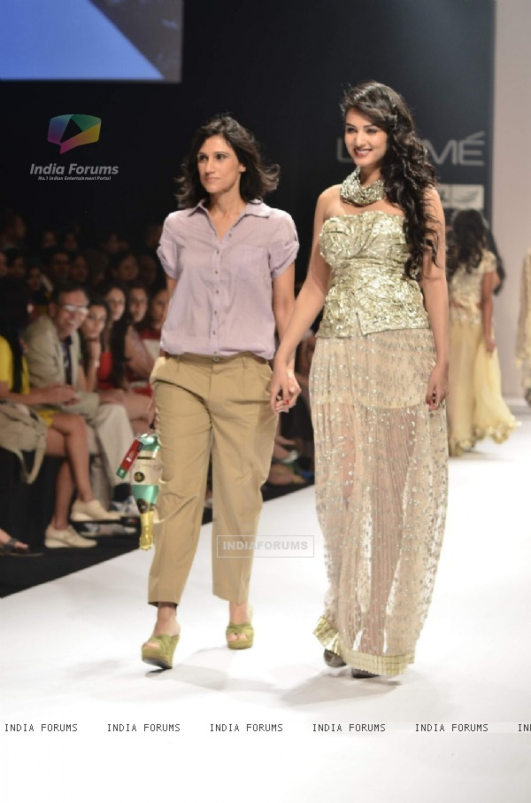 Model with designer Rina Dhaka's collection during the first day of Lakme fashion week winter/festive 2011, in Mumbai. .