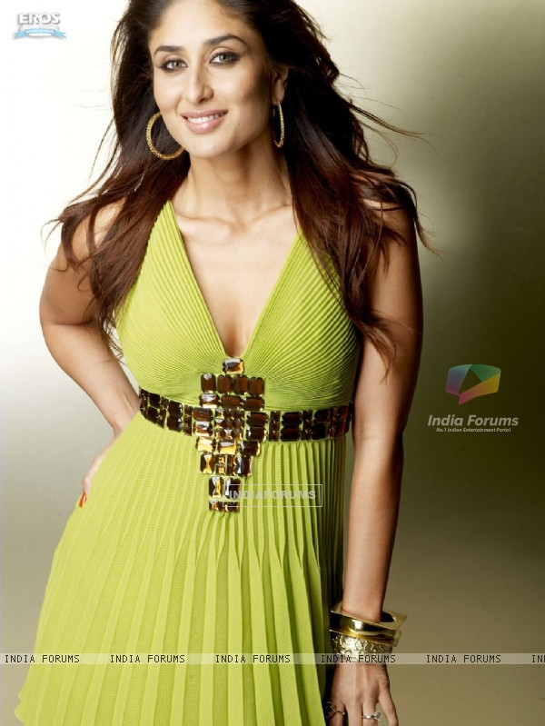 Sweet and Smiling Kareena Kapoor