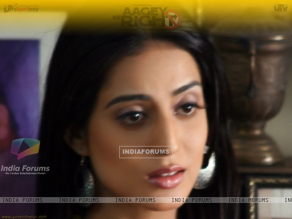 Mahie Gill looking sad in Aage Se right