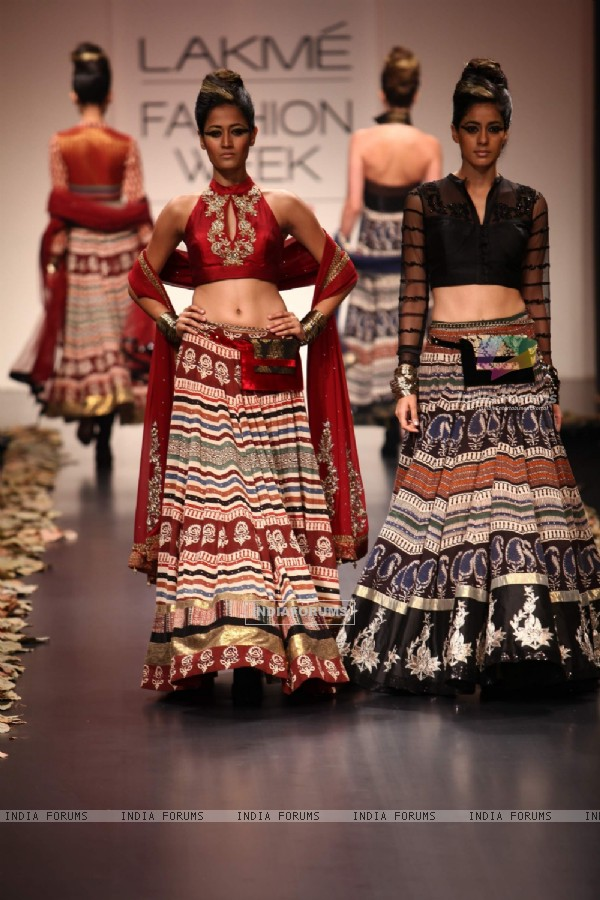 Model walk on the ramp for designer Anita Dongre show at Lakme Fashion Week 2011 Day 2, in Mumbai