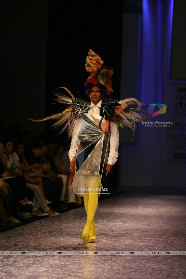 Little Shilpa Show at Lakme Fashion Week 2011 Day 2