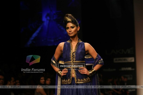 Anita Dongre Show at Lakme Fashion Week 2011 Day 2