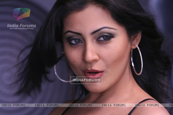 Rimi Sen looking gorgeous