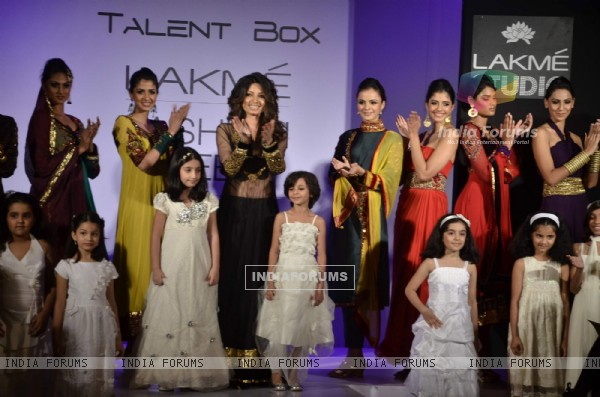 Models display creations by designer Shama Sikander during Lakme Fashion Week Day 4 in Mumbai. .