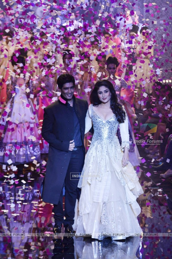 Kareena Kapoor showcase creation by designer Manish Malhotra during the Lakme Fashion Week Day 5 in Mumbai. .
