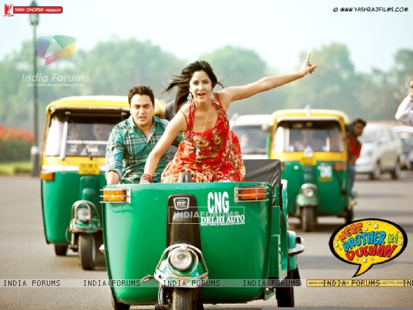 Still scene from Mere Brother Ki Dulhan (156113)