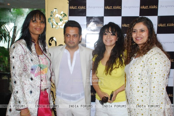 Celebs at Hauz Khas store at designer Jaspreet's Autumn Winter collection in Mumbai. .