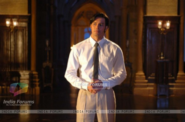 A still image of Rajneesh Duggal in 1920 movie (15663)