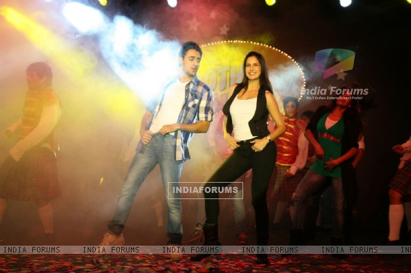Imran and Katrina promote 'Mere Brother Ki Dulhan' at Inorbit Mall (156892)