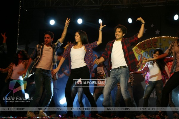 Imran, Katrina and Ali Zafar promote 'Mere Brother Ki Dulhan' at Inorbit Mall (156893)