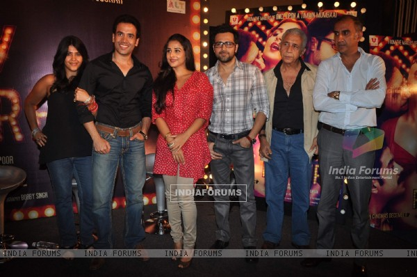 Ekta with Naseeruddin,Emraan, Tusshar and Vidya Balan at first look of 'The Dirty Picture' at Bandra