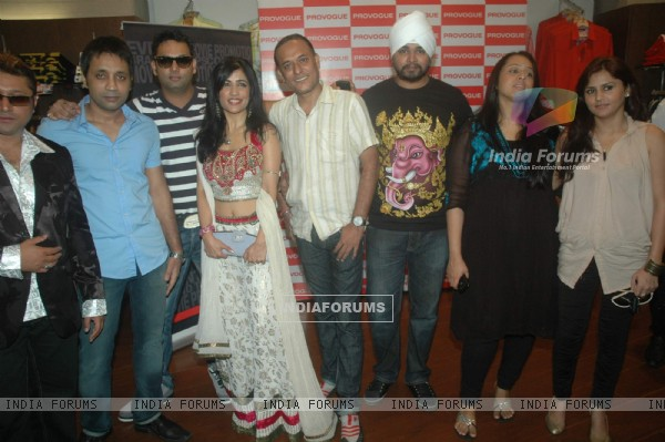 Shibani Kashyap and other singers join together for Ganesha album for 3rd rock entertainment at Provogue lounge and Andheri Ka Raja. .