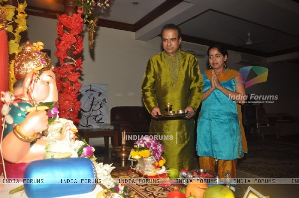 Sudesh Wadkar with wife paying devote to Lord Ganesha during the occasion of Ganesh Chaturthi