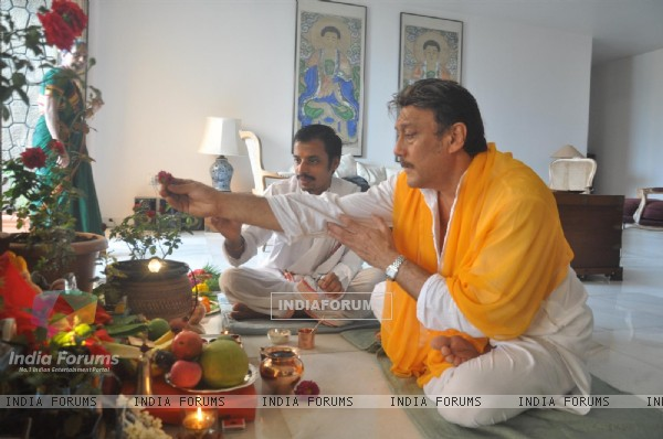 Jackie Shroff offers prayers to an idol Hindu God Lord Ganesh on 'Ganesh Chaturthi at Home