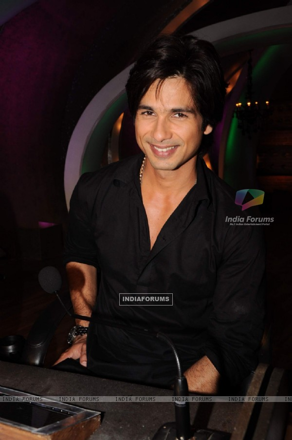 Shahid Kapoor on the sets of Just Dance in Filmcity, Mumbai