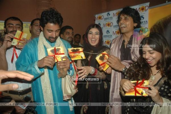 Ayesha Takia, Nagesh Kukunoor and Rannvijay at the audio launch of film MOD at Andheri Cha Raja