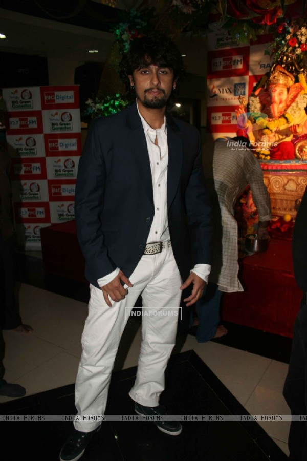 BIG Digital & 92.7 BIG FM join hands with Sonu Nigam to release a Marathi Chant Single on the occasion of Ganpati Mahotsav