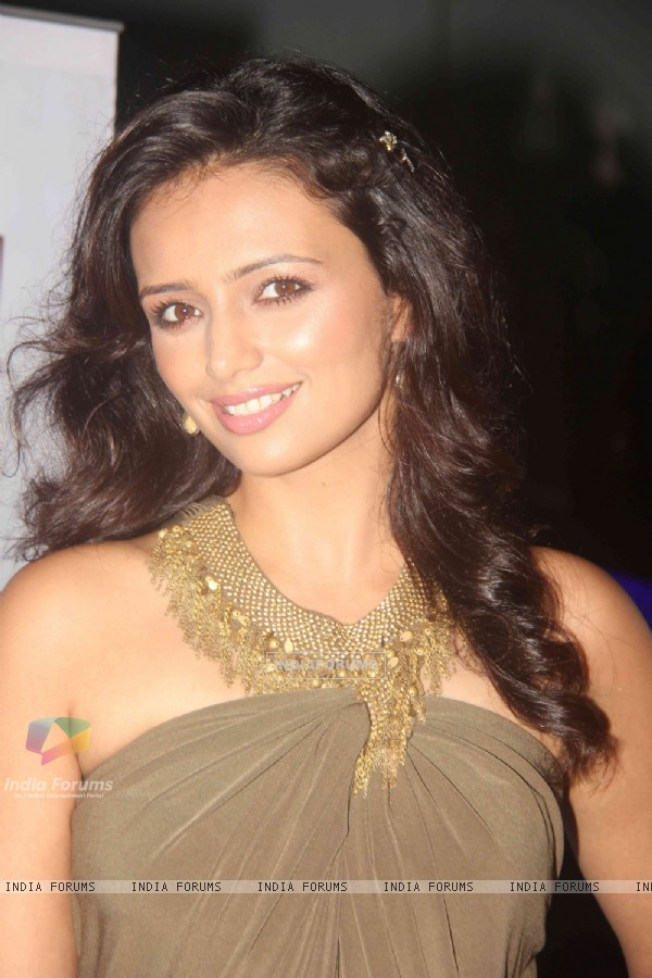 Host Roshni Chopra at Ritz Jee Le Ye Pal press meet, Vie Lounge