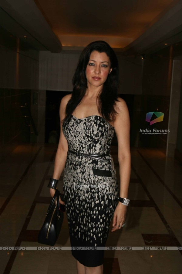 Aditi Gowitrikar grace the WLC Chimera fashion show at Leela Hotel