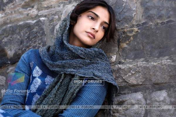 Sonam Kapoor in the movie Mausam