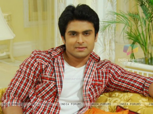 Shoaib Ibrahim as Prem in Sasural Simar Ka