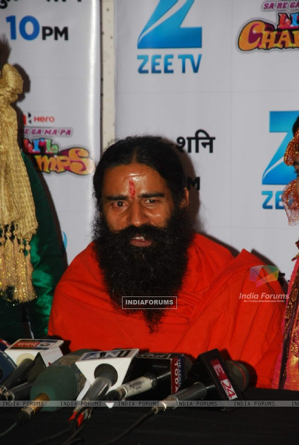 Baba Ramdev on the sets of Sa Re Ga Ma Pa Li'l Champs Music ka Gurucool