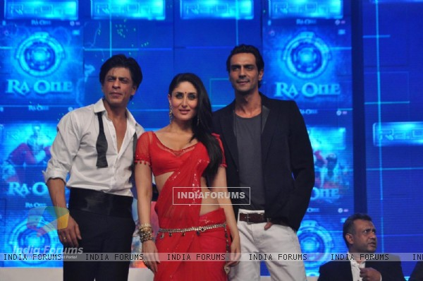 Shah Rukh, Arjun Rampal and Kareena on the Ra.One music launch