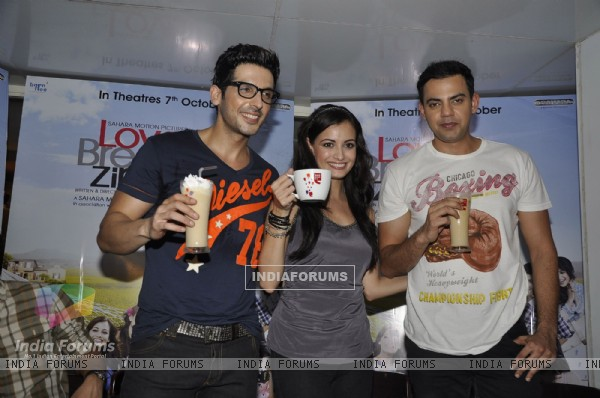 Dia Mirza, Zayed Khan and Cyrus Sahukar launch LBZ coffee at Cafe Coffee Day Bandra, Mumbai