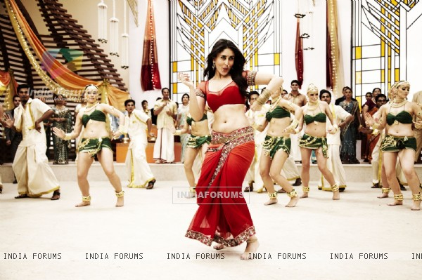 Kareena Kapoor in the movie Ra.One