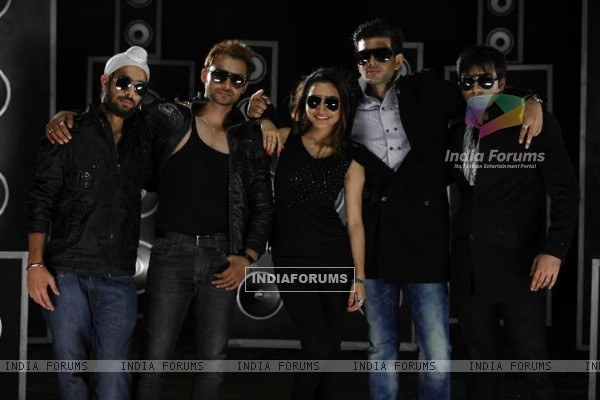 Karan Kundra with his co-stars in a poster still for the movie Pure Punjabi