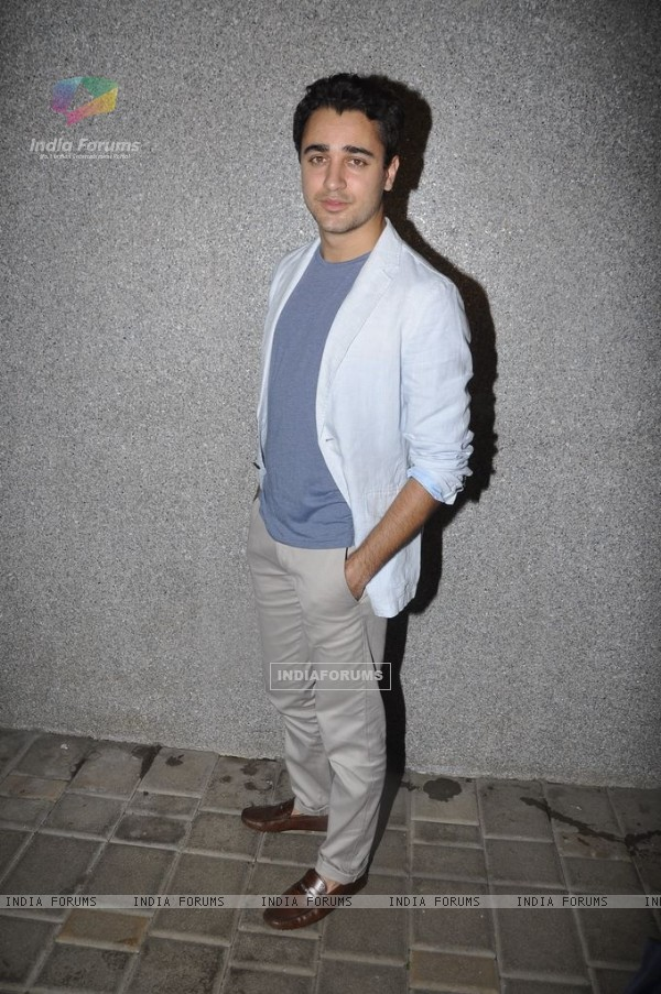 Imran Khan celebrates 'Mere Brother Ki Dulhan' success bash (159218)