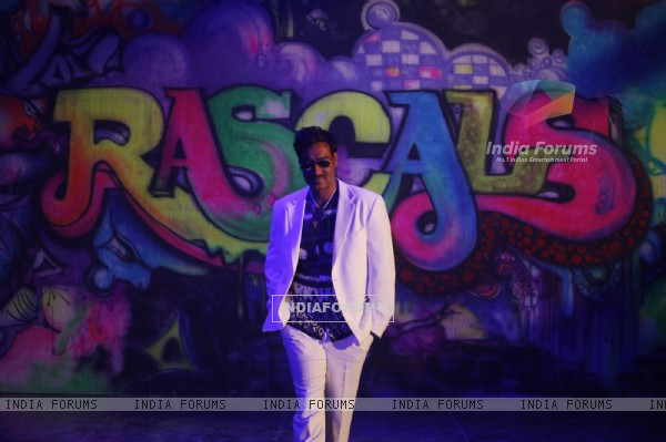 Ajay Devgn in the movie Rascals (159242)