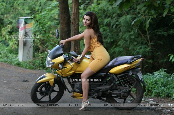 Madhurima Tuli shoot car topple n blast for Hollywood film Lethal Comission in Mumbai