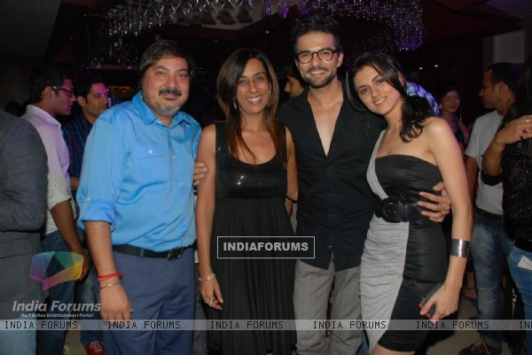 Tony & Deeya Singh with RaQesh and Riddhi Dogra Vashisth at 'Maryaada Lekin Kab Tak'  party