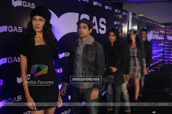 Top models grace Gas fashion showcase