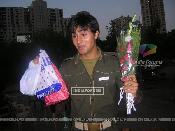Harshad Chopra on the sets of Left Right Left