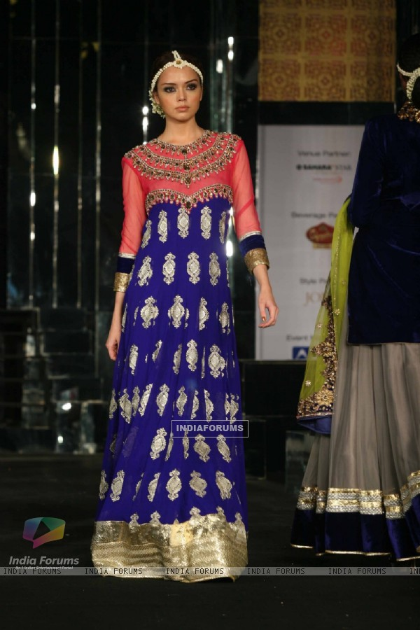 Model walks the ramp for Vikram Phadnis at Aamby Valley City India Bridal Week 2011 Day 1