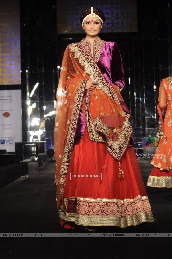 Model walk the ramp in Aamby Valley City India Bridal Week 2011 at Sahara Star
