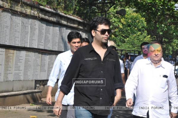 Karan Johar, Manish Malhotra at Producer Surinder Kapoor funeral at Vile Parle in Mumbai