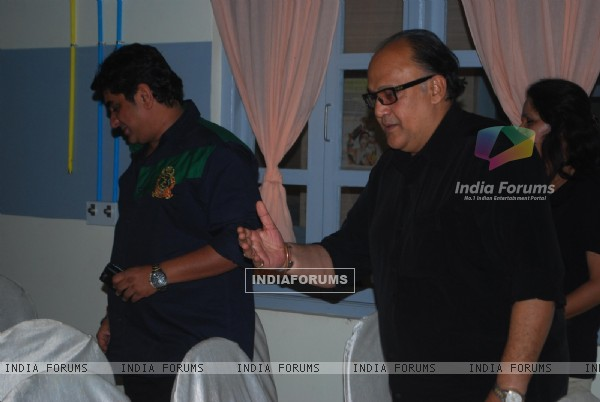 Alok Nath at Producer Rajan Shahi�s new show Kuch Toh Log Kahege bash