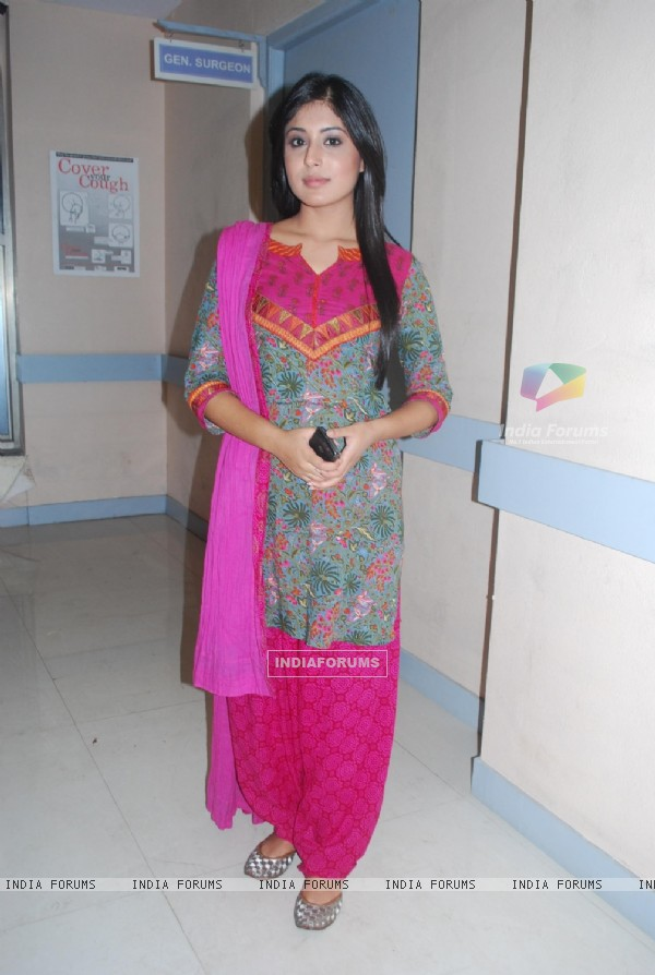 Kritika Kamra at Producer Rajan Shahi's new show Kuch Toh Log Kahege bash