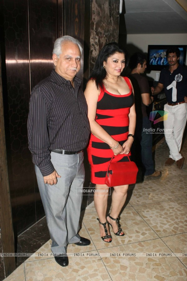 Kiran and Ramesh Sippy at Success party of 'Force' movie (162924)