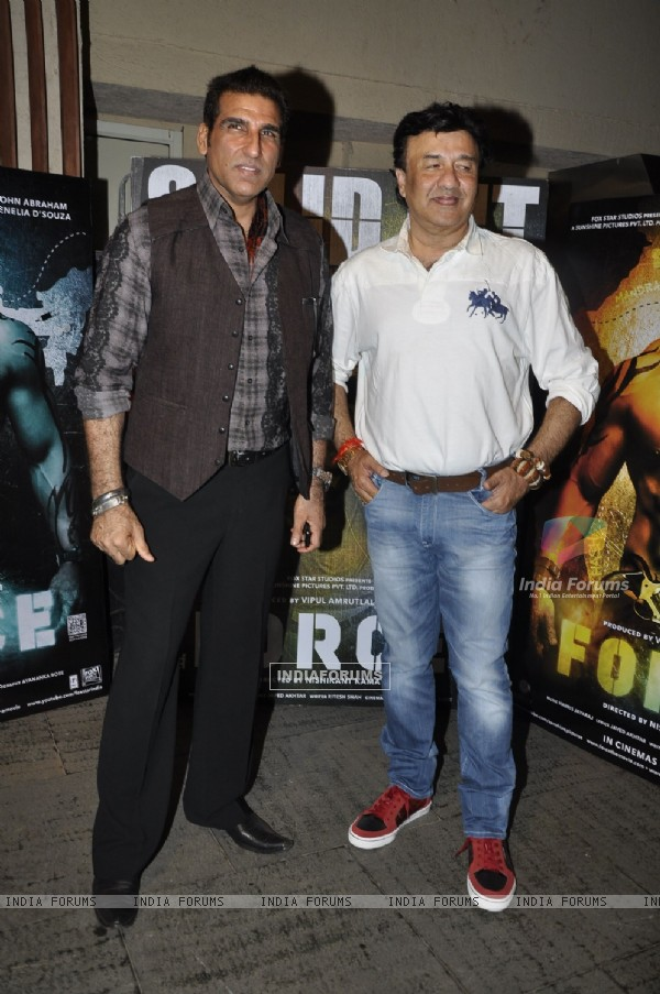 Mukesh Rishi and Anu Malik at Success party of 'Force' movie