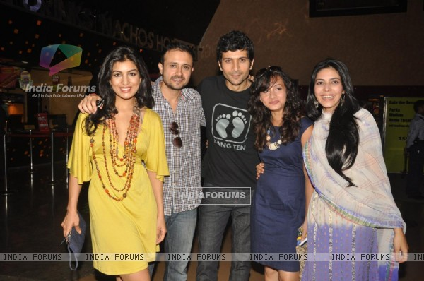 Cast of movie sales ticket of film 'Love Breakups Zindagi' at box office