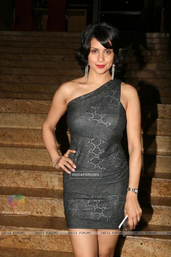 Gul Panag at People Magazine - UTVSTARS Best Dressed Show 2011 party at Grand Hyatt in Mumbai