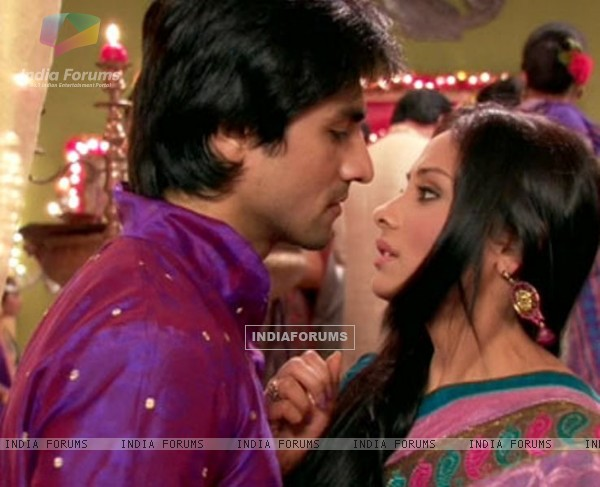 Anupriya Kapoor and Harshad Chopra in Tere Liya